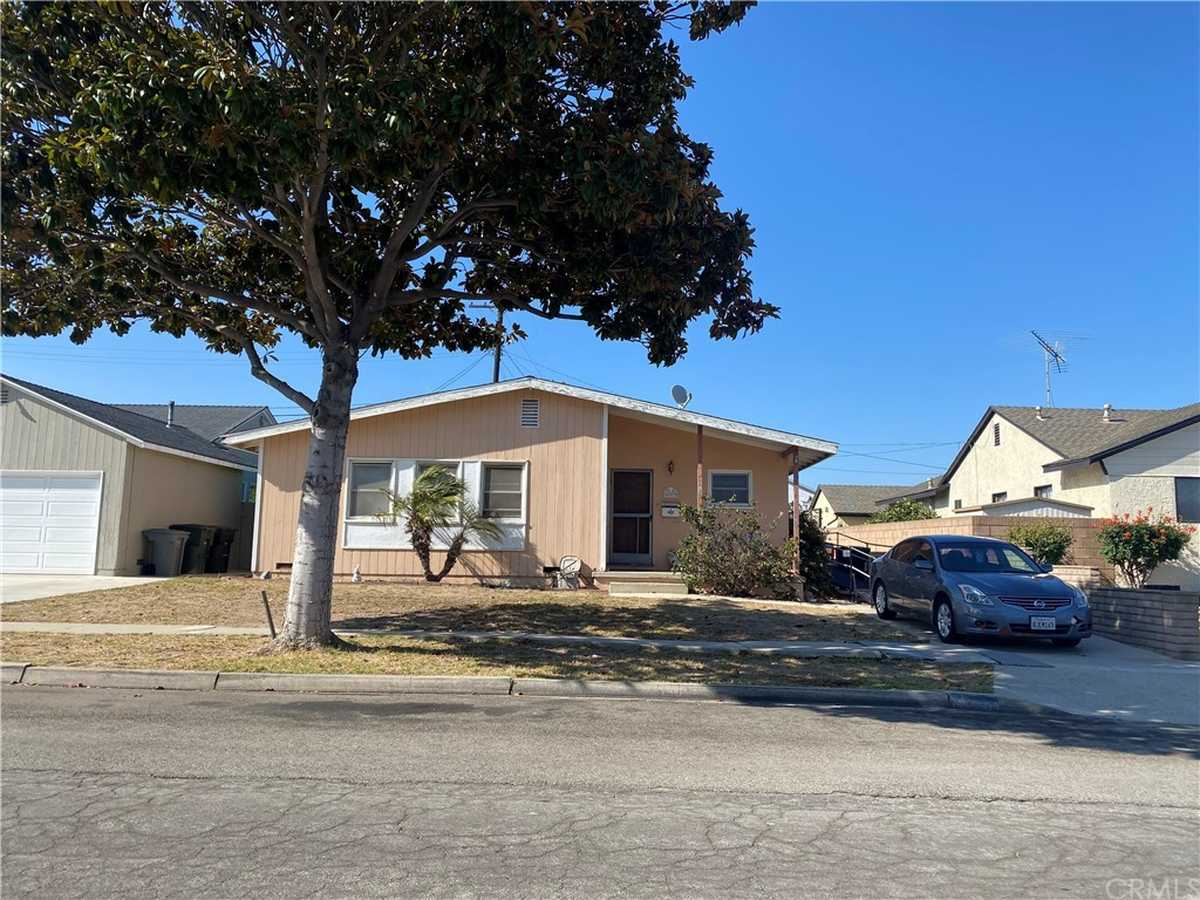 $899,000 - 3Br/1Ba -  for Sale in Torrance