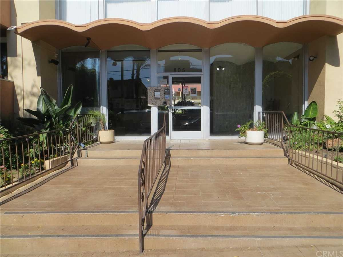 $489,500 - 2Br/2Ba -  for Sale in Inglewood