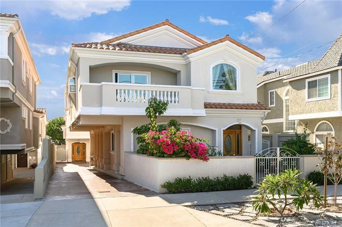 $1,880,000 - 5Br/3Ba -  for Sale in Redondo Beach