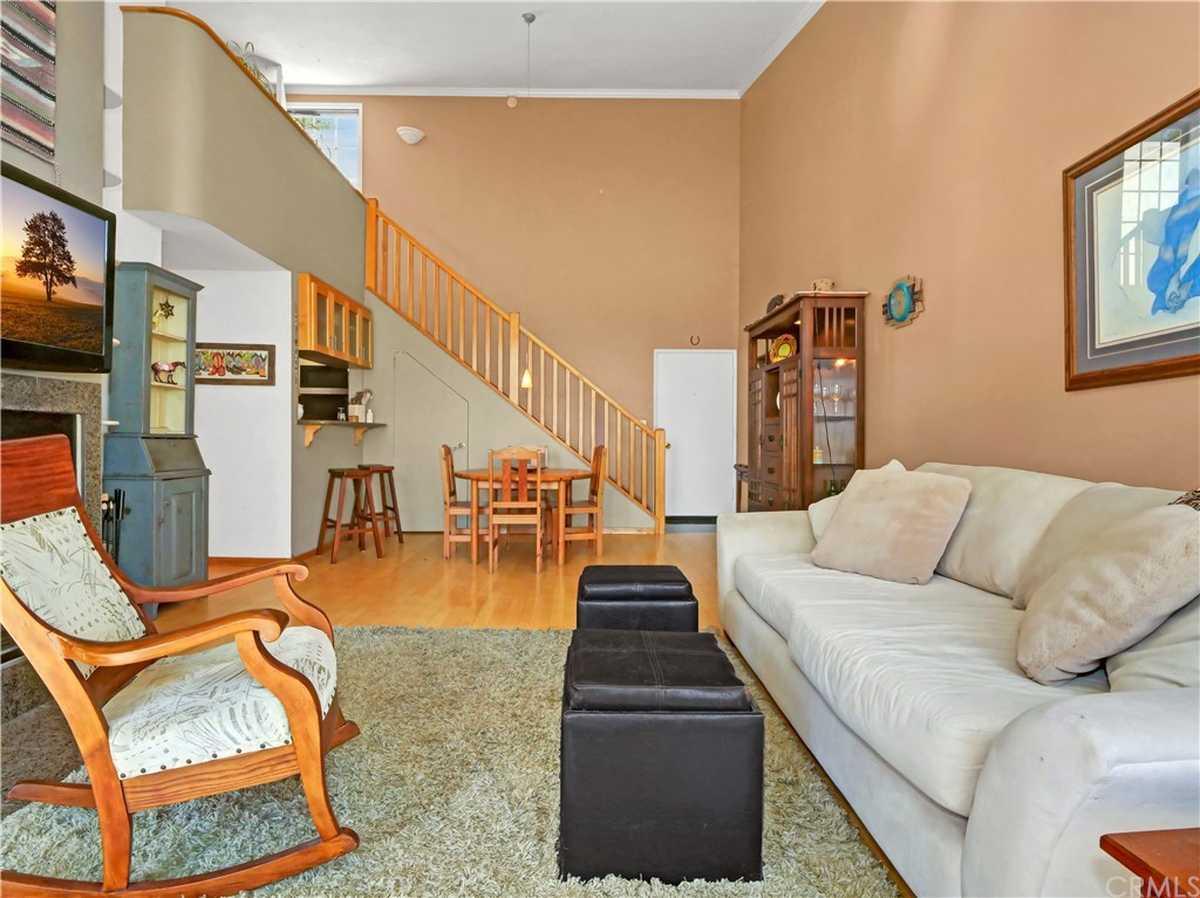 $619,900 - 2Br/1Ba -  for Sale in Redondo Beach