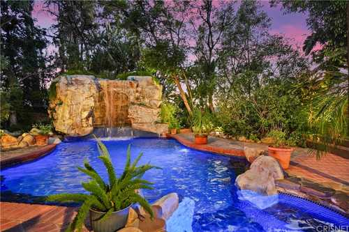 $1,399,000 - 3Br/2Ba -  for Sale in West Hills