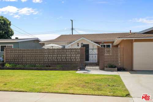 $895,000 - 3Br/2Ba -  for Sale in Torrance