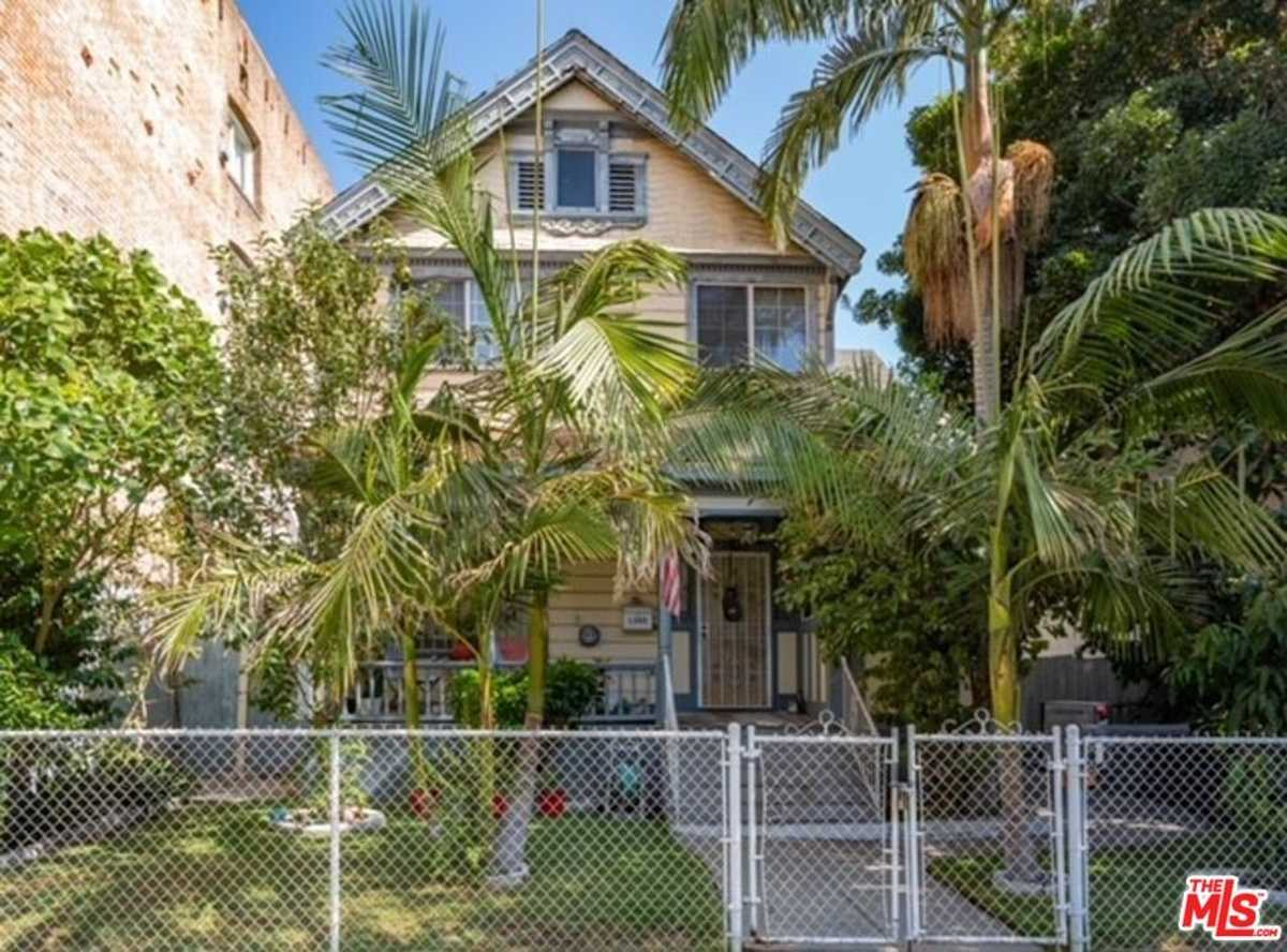 $1,500,000 - 3Br/1Ba -  for Sale in Los Angeles