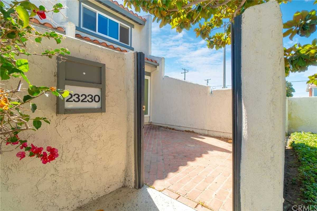 $610,000 - 3Br/2Ba -  for Sale in Torrance