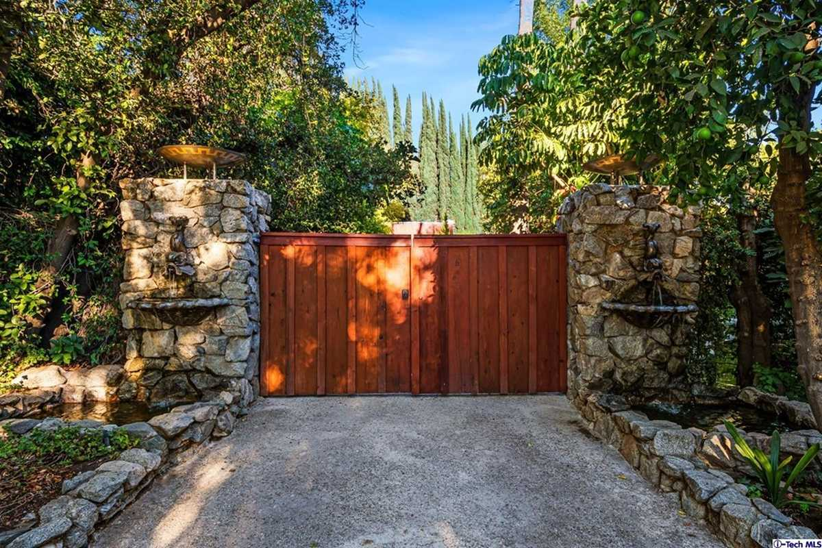 $2,700,000 - 3Br/3Ba -  for Sale in Other, Lakeview Terrace