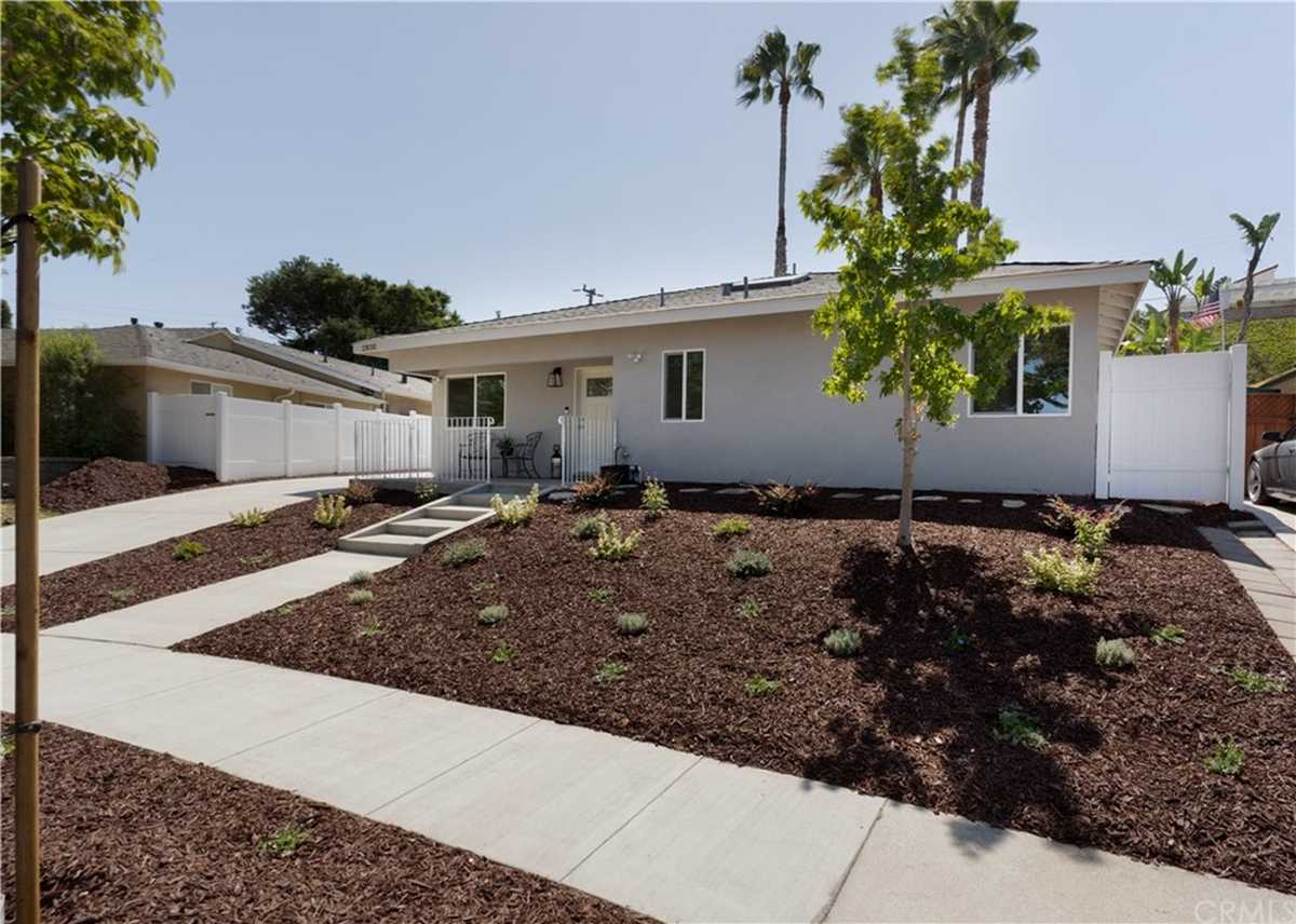 $1,119,000 - 2Br/2Ba -  for Sale in Torrance