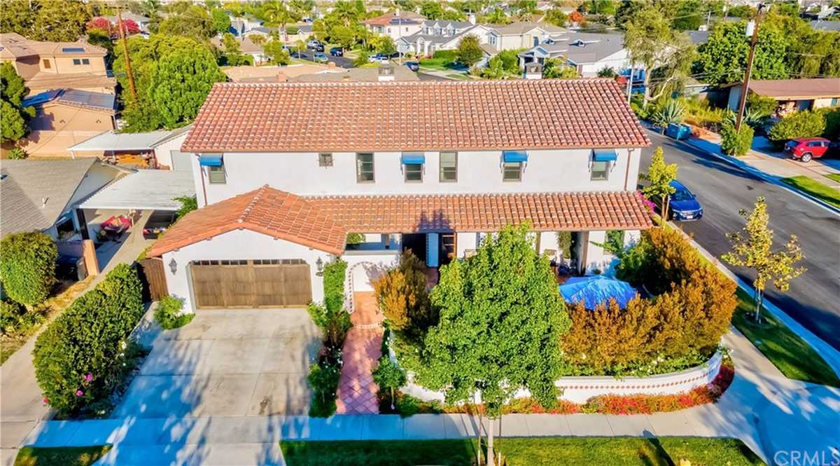 $2,975,000 - 6Br/5Ba -  for Sale in Other (othr), Rossmoor