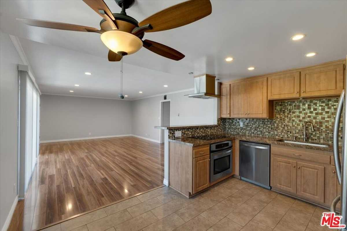 $525,000 - 2Br/2Ba -  for Sale in Torrance