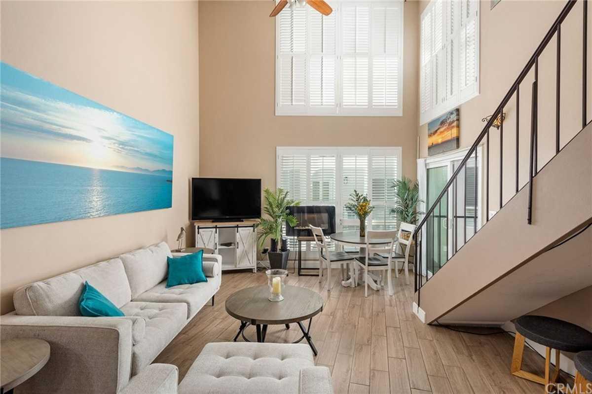 $975,000 - 2Br/2Ba -  for Sale in Redondo Beach