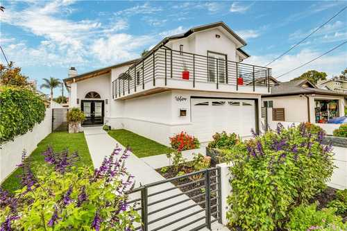 $2,800,000 - 3Br/3Ba -  for Sale in Hermosa Beach