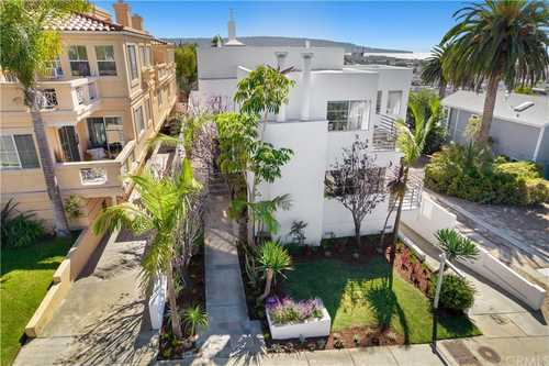$2,299,000 - 3Br/3Ba -  for Sale in Hermosa Beach