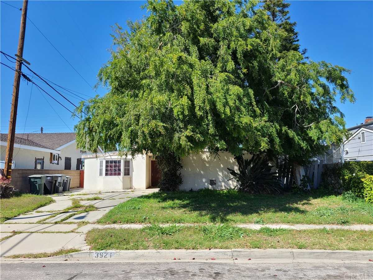 $695,000 - 4Br/3Ba -  for Sale in Torrance