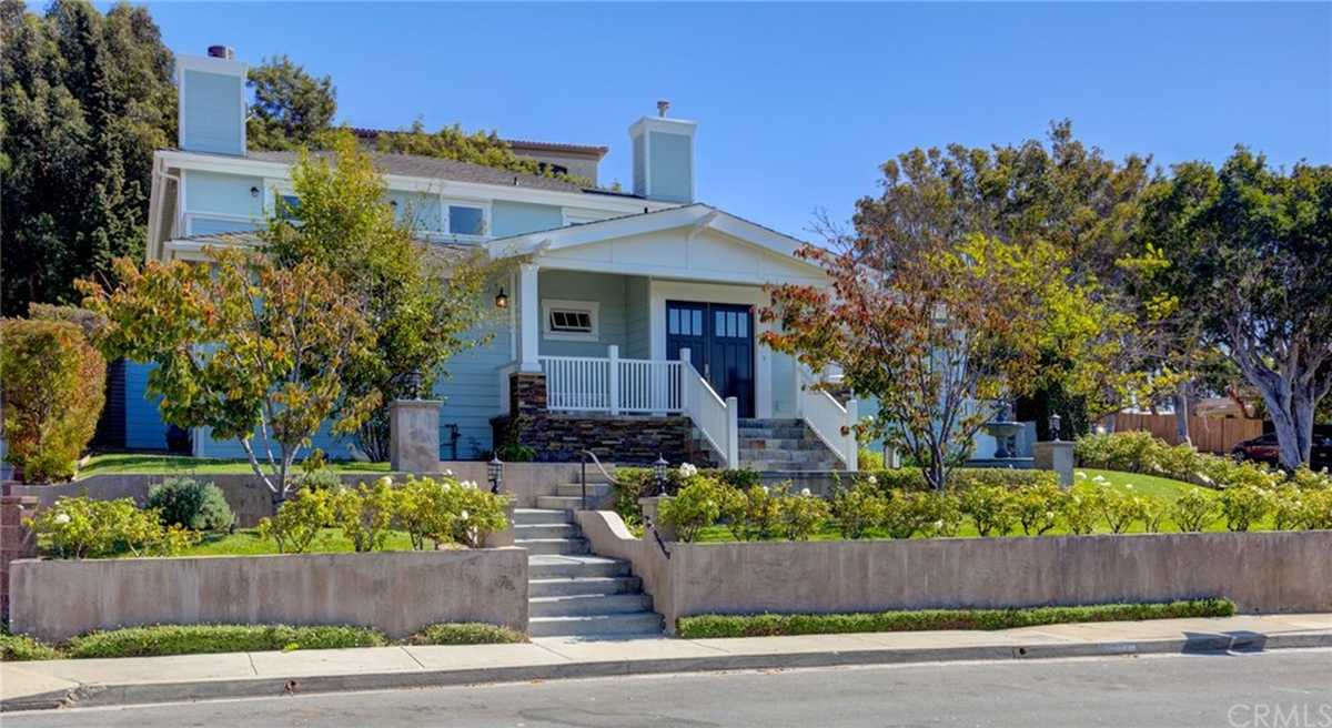 $3,999,000 - 4Br/4Ba -  for Sale in Hermosa Beach
