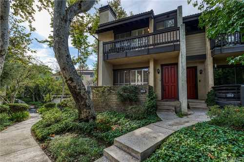 $670,000 - 3Br/3Ba -  for Sale in Woodland Hills