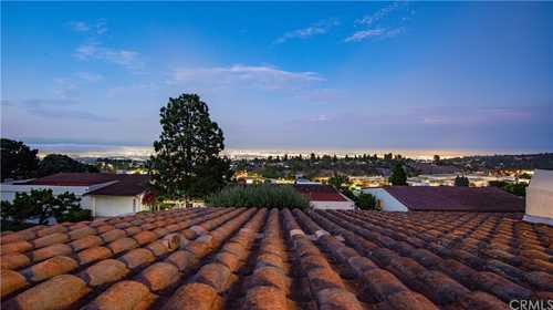 $1,049,000 - 3Br/2Ba -  for Sale in Rolling Hills Estates