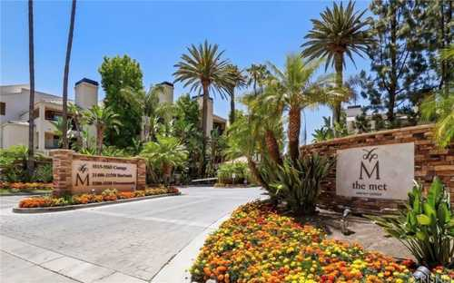 $525,000 - 2Br/2Ba -  for Sale in Woodland Hills