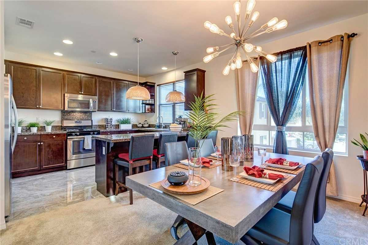 $795,000 - 4Br/3Ba -  for Sale in Hawthorne
