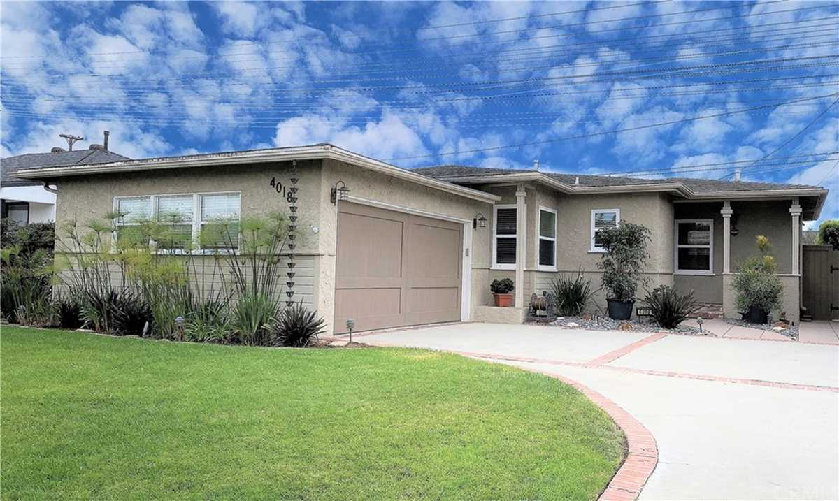 $889,000 - 3Br/2Ba -  for Sale in Torrance