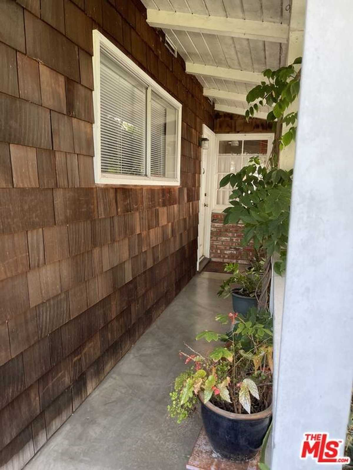 $765,000 - 3Br/2Ba -  for Sale in Hawthorne