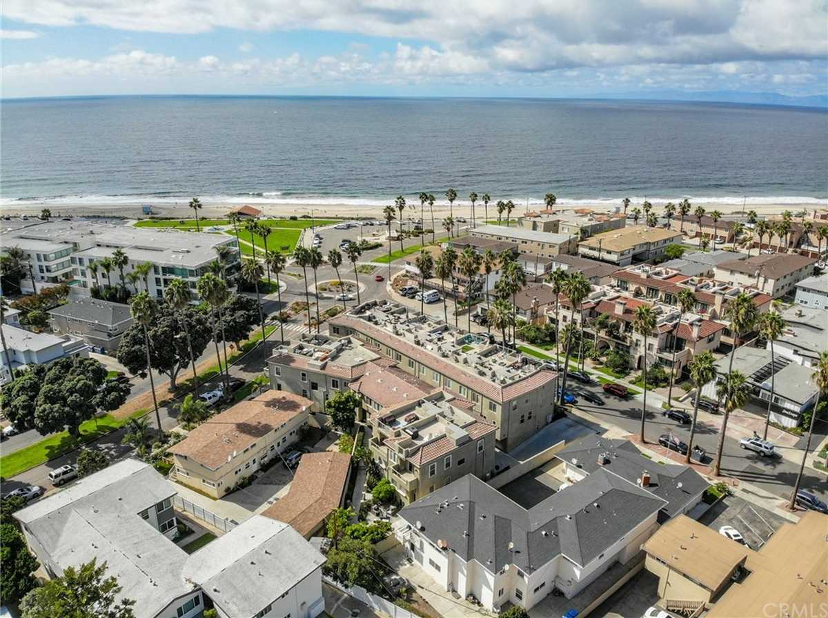 $1,895,000 - 4Br/4Ba -  for Sale in Redondo Beach