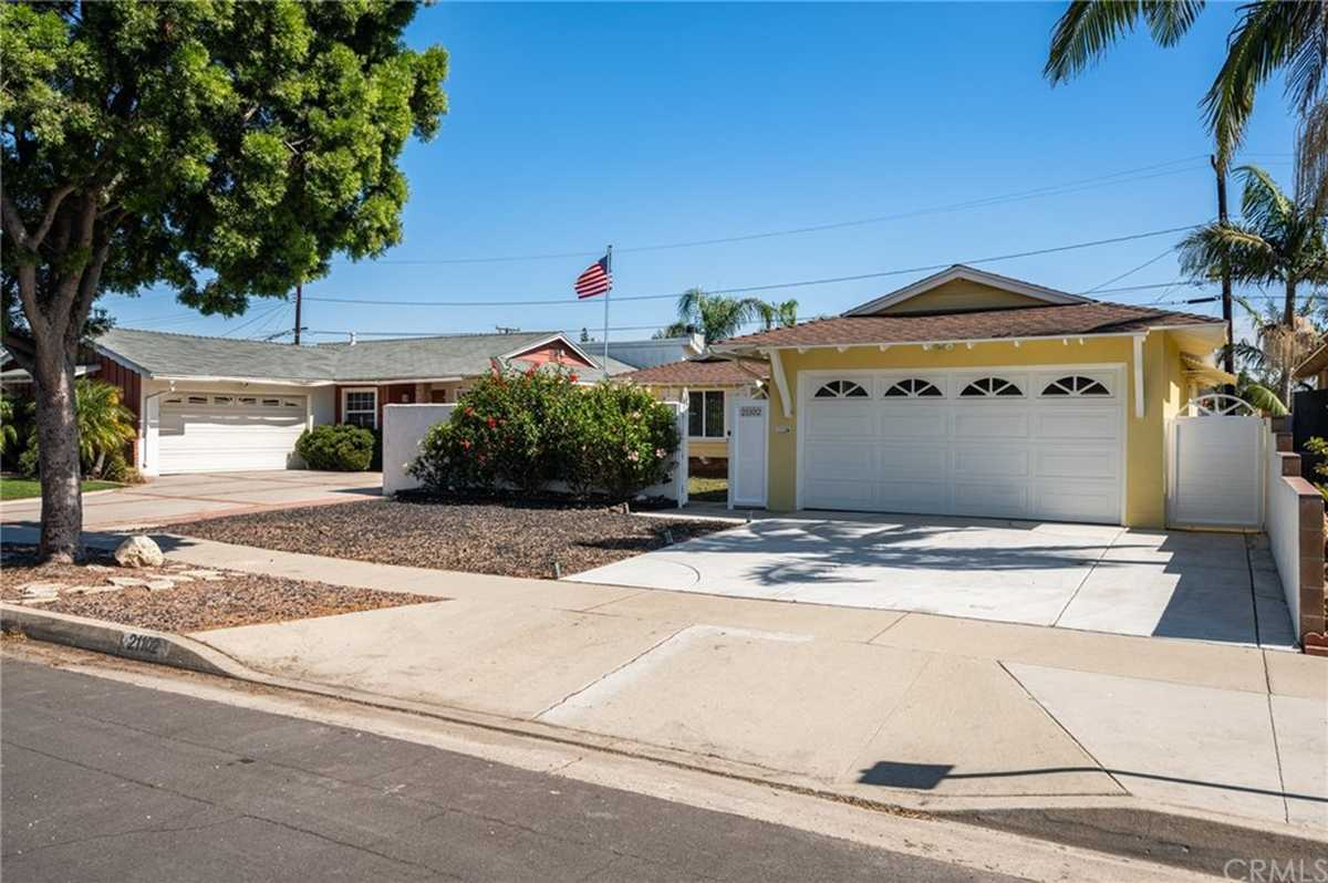 $719,800 - 3Br/2Ba -  for Sale in Torrance