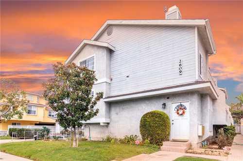 $899,000 - 2Br/3Ba -  for Sale in Redondo Beach