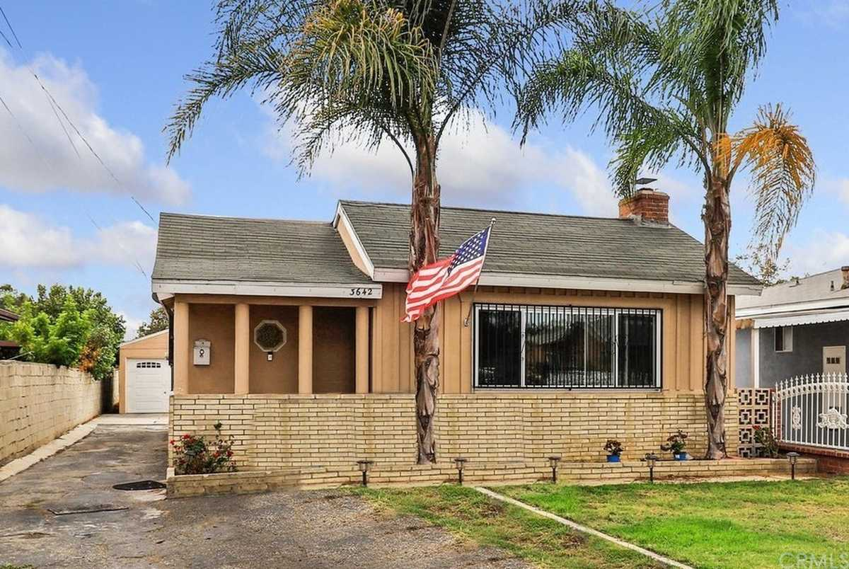 $839,999 - 4Br/2Ba -  for Sale in Inglewood
