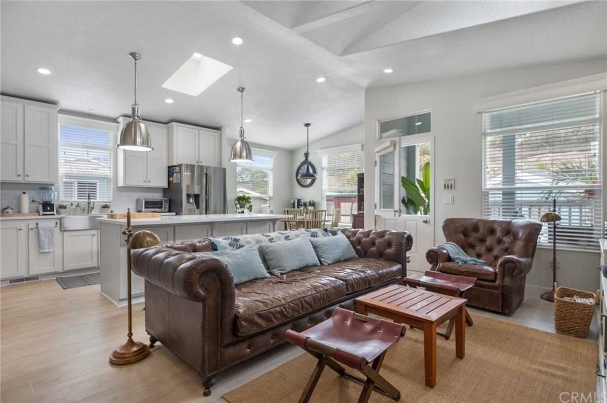 $799,000 - 3Br/2Ba -  for Sale in Hermosa Beach
