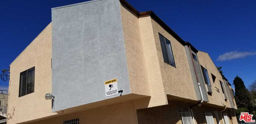$2,500 - 3Br/2Ba -  for Sale in Los Angeles