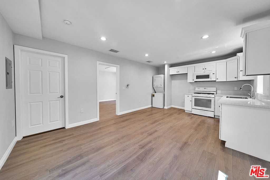 $1,850 - 1Br/1Ba -  for Sale in Los Angeles