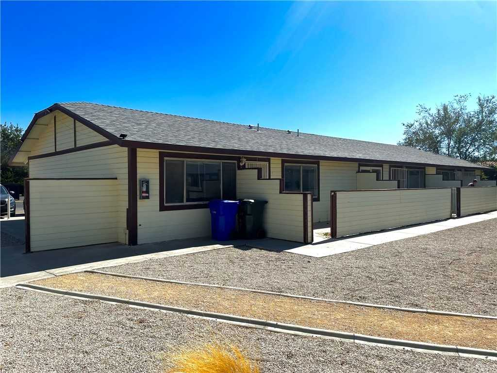 $1,200 - 2Br/1Ba -  for Sale in Apple Valley