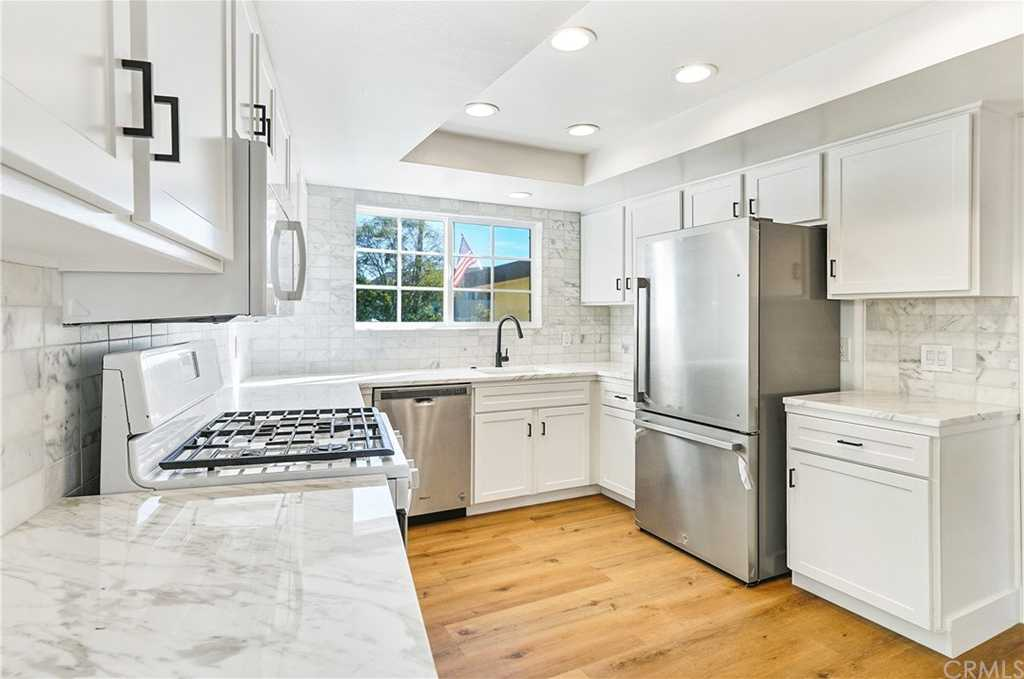 $4,600 - 3Br/3Ba -  for Sale in Dana Point