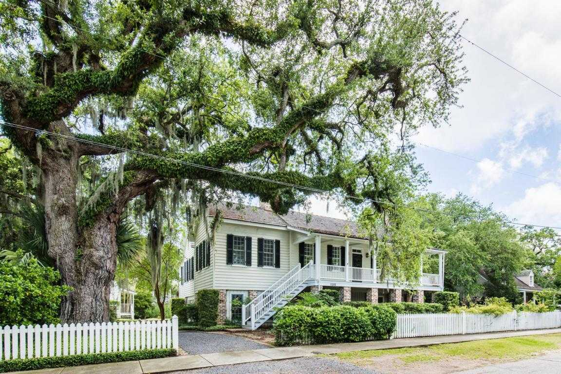 homes for sale in old village charleston sc area realtors living rh livinglowcountry com