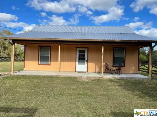 $149,000 - 2Br/1Ba -  for Sale in Park Heights, Yoakum