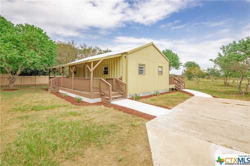 $195,000 - 3Br/2Ba -  for Sale in Victoria