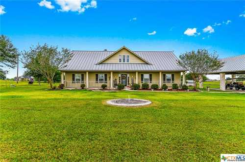 $660,000 - 6Br/4Ba -  for Sale in Victoria