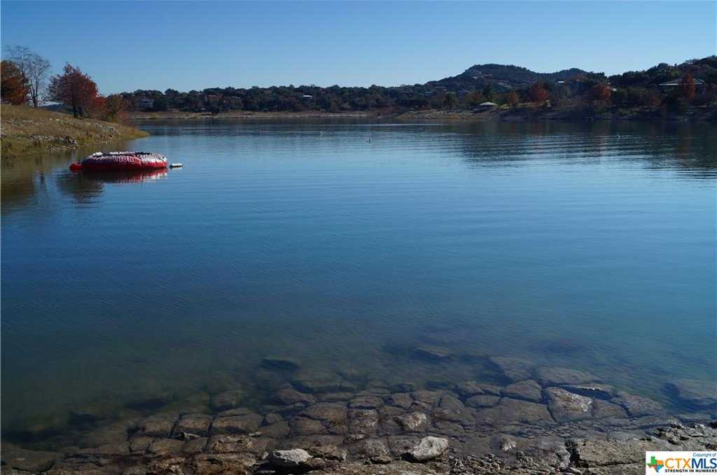 $675,000 - 3Br/2Ba -  for Sale in Canyon Lake