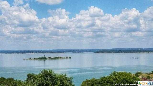 $799,900 - 4Br/5Ba -  for Sale in Canyon Lake