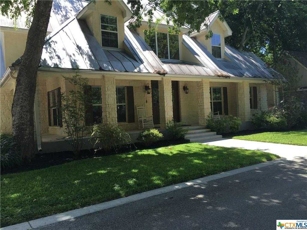 $1,115,000 - 4Br/5Ba -  for Sale in New Braunfels