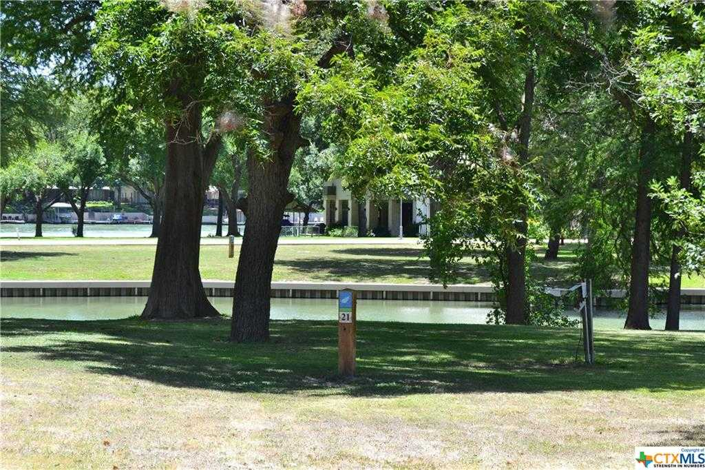 $425,000 - Br/Ba -  for Sale in Point At Lake Mcqueeney, Mcqueeney
