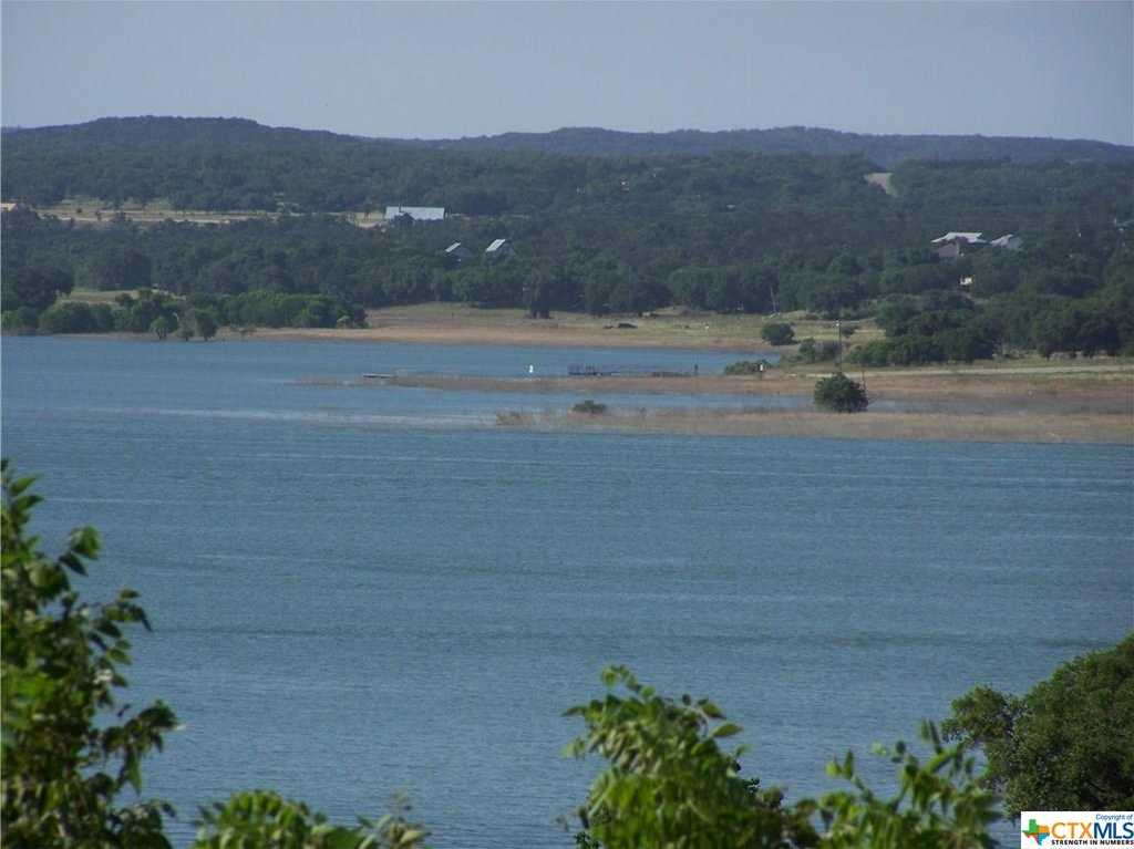 $649,000 - 4Br/3Ba -  for Sale in Canyon Lake