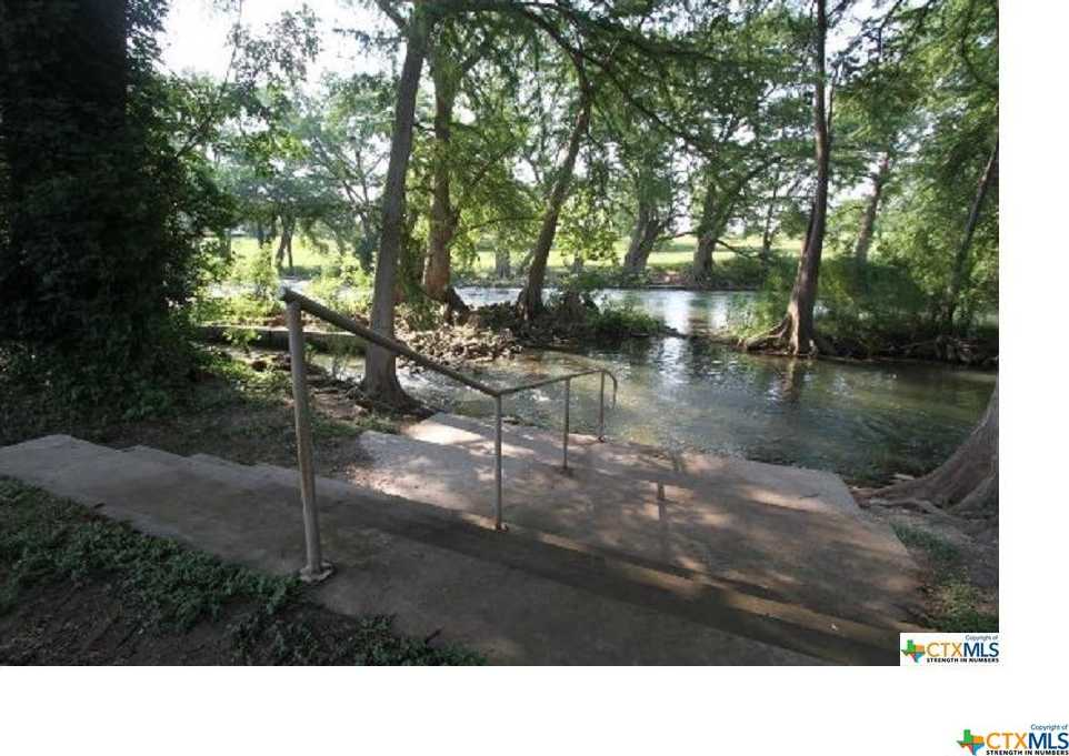 $240,000 - 3Br/2Ba -  for Sale in New Braunfels