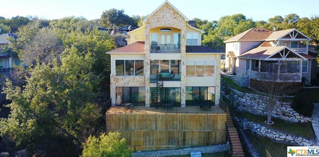 $920,000 - 4Br/4Ba -  for Sale in Canyon Spgs Resort 4, Canyon Lake