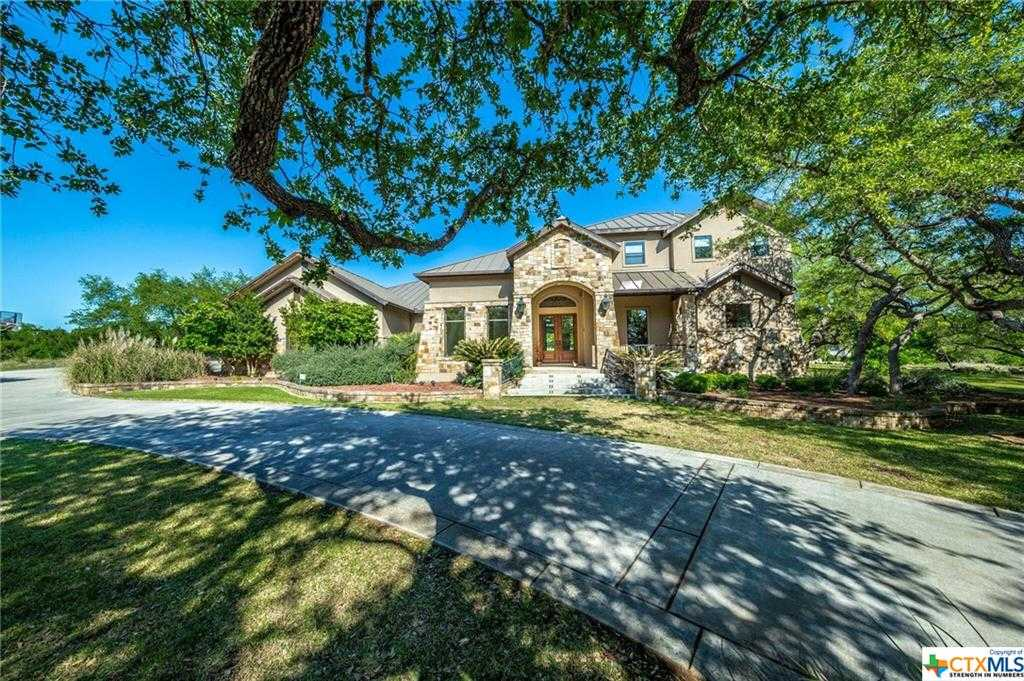 $749,000   4Br/5Ba   For Sale In River Chase 1 3, New