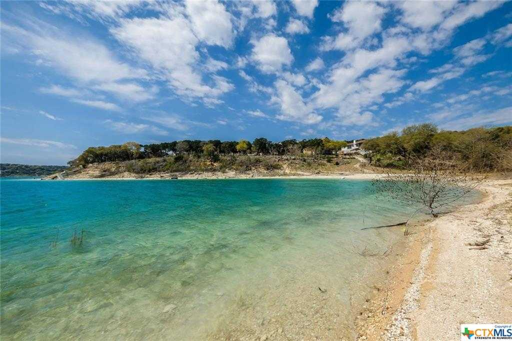 $724,999 - 3Br/3Ba -  for Sale in Canyon Lake Hillsa, Canyon Lake
