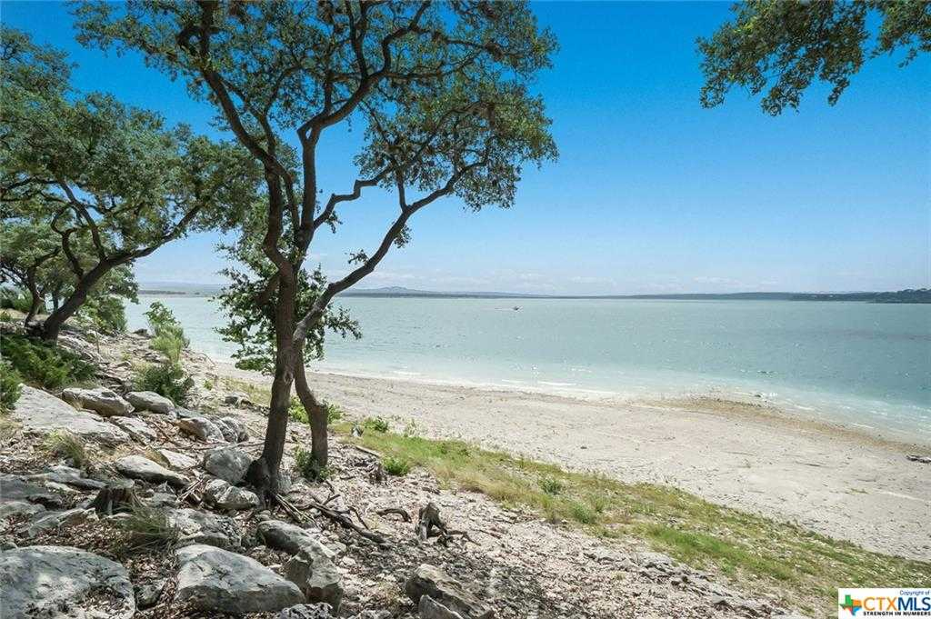 $1,100,000 - 4Br/4Ba -  for Sale in Canyon Lake Hills 6, Canyon Lake