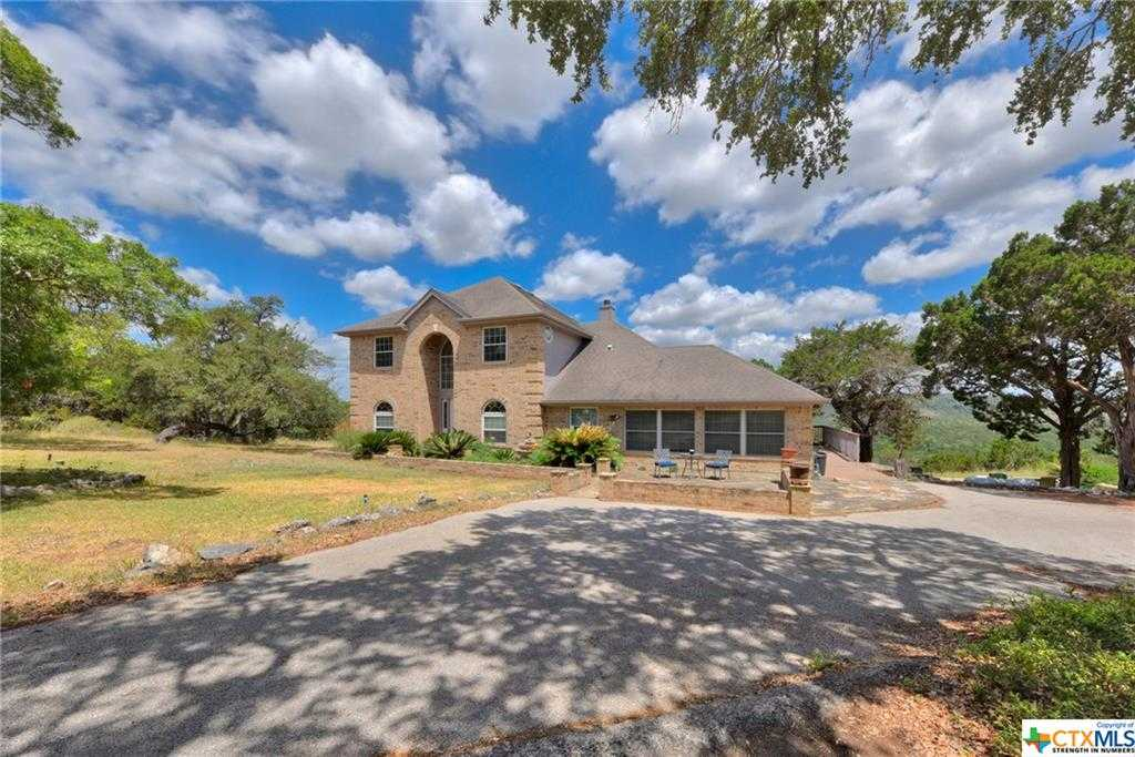 $1,200,000 - 4Br/4Ba -  for Sale in Rural Ac. Area 2, Canyon Lake
