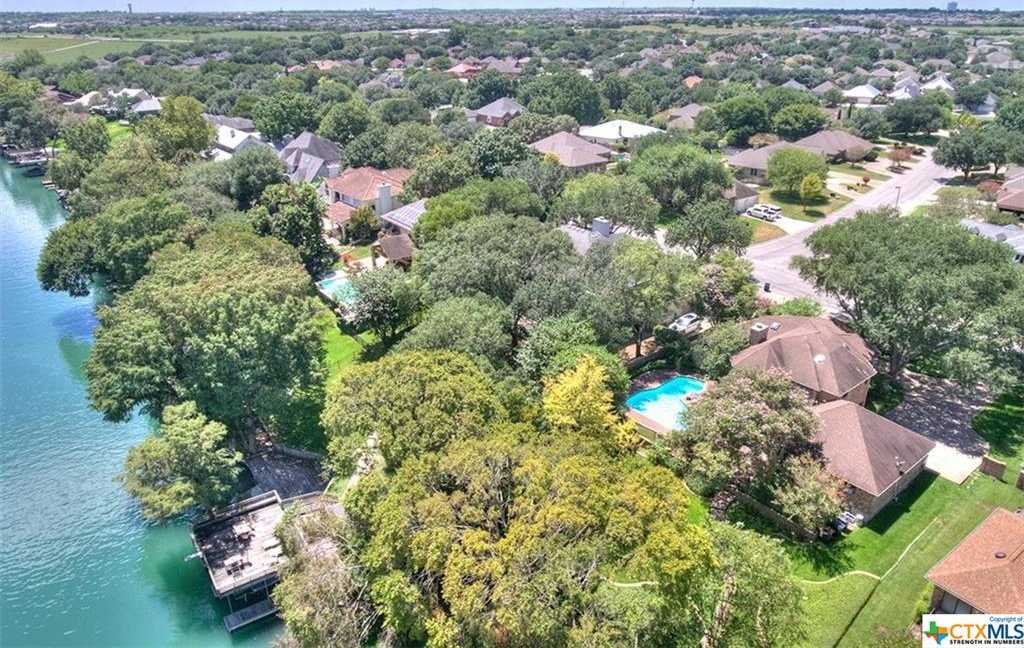 $869,000 - 4Br/4Ba -  for Sale in South Bank #2, New Braunfels