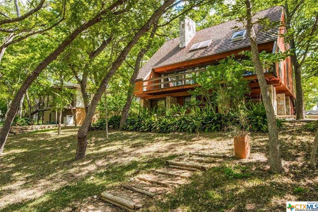 $539,000 - 4Br/3Ba -  for Sale in Rivers Edge, Canyon Lake