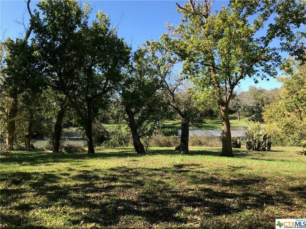 $179,000 - Br/Ba -  for Sale in Mlss - Deerslayer Low, Seguin